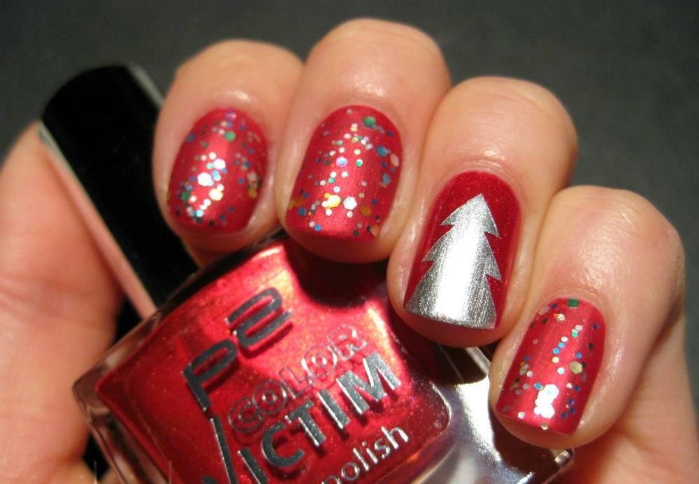 Новогодний лак для ногтей